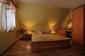 Noclegi Sudecka Chatka koło Karpacza, sypialnia 2 osobowa Gruszków Sudecka Chatka